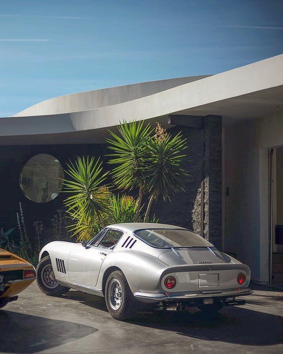 The timelessly beautiful Ferrari 275 GTB Credit: Ted Gushue   - kitchen -