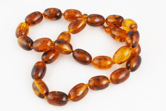 Rootbeer Vintage Amber Coloured Necklace
