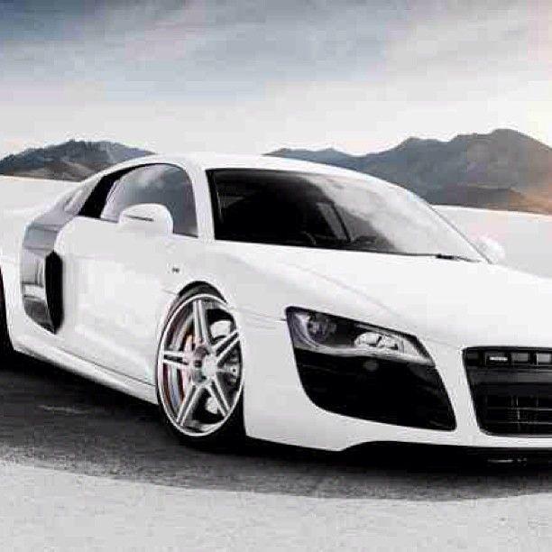 Luxurious White Audi R8! Sweet!