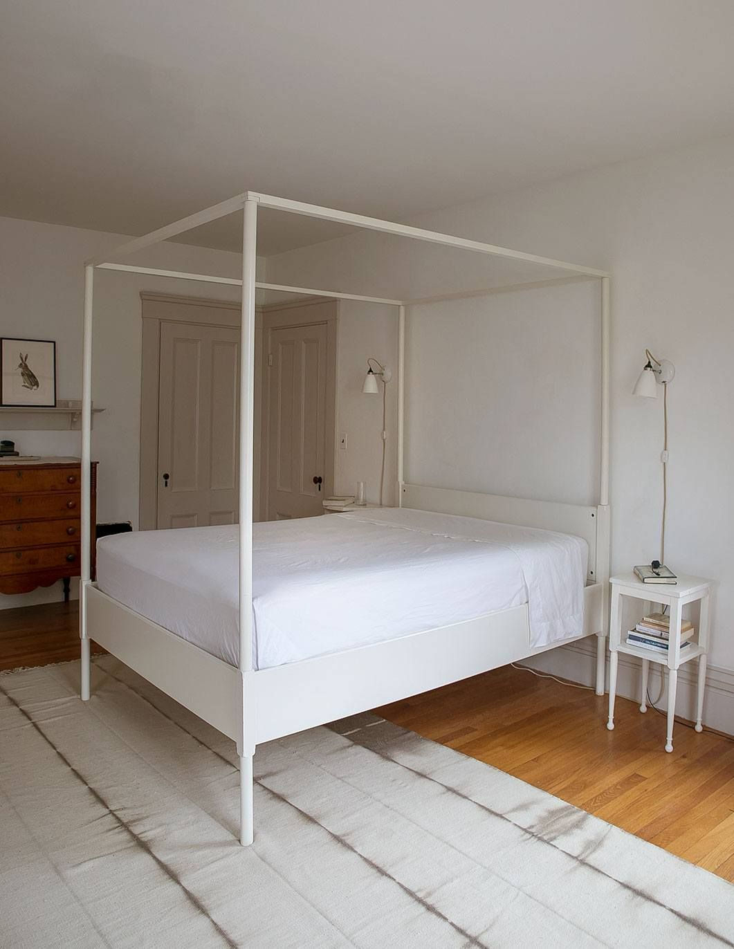 Expert Advice Proper BedMaking 101, How to Make Square