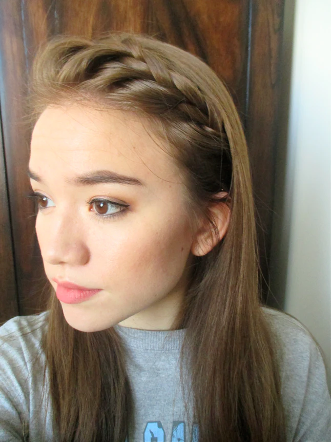 5 Cute Easy Hairstyles Using Only Bobby Pins Bobby Pin Hairstyles Headband Hairstyles Easy Hairstyles