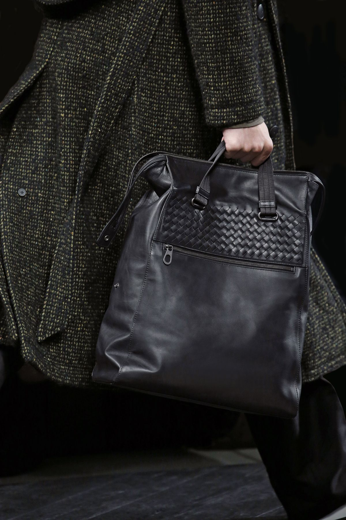 d6c66a4a0c5bf #BottegaVeneta Men's Fall-Winter 2016/2017 Details #mfw Leather Bag, Leather