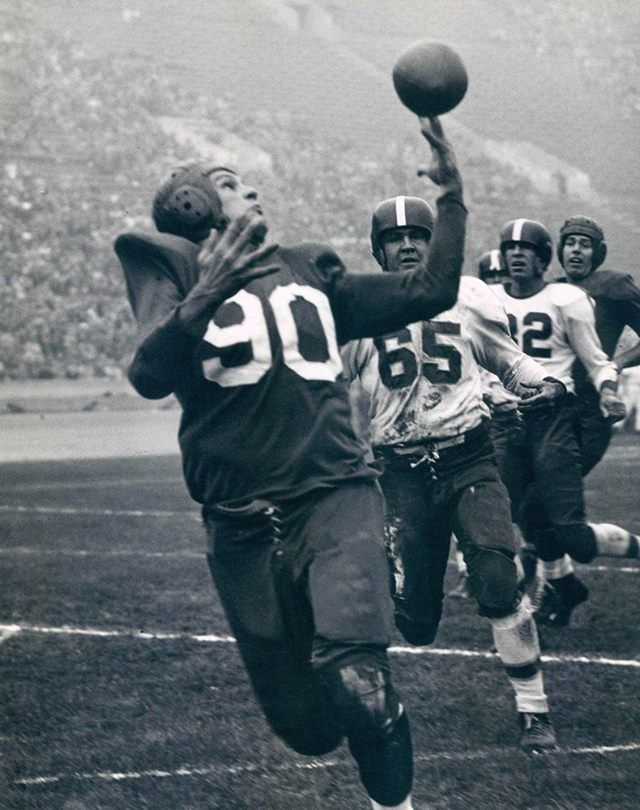 The La Dons The City S First Professional Football Team Organized In 1946 Two Weeks Before Professional Football Teams Football Conference American Football