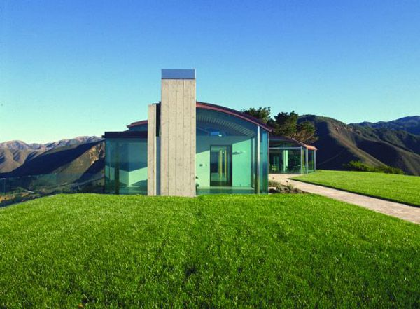 Glass House Architecture in Sunny California Glass houses House