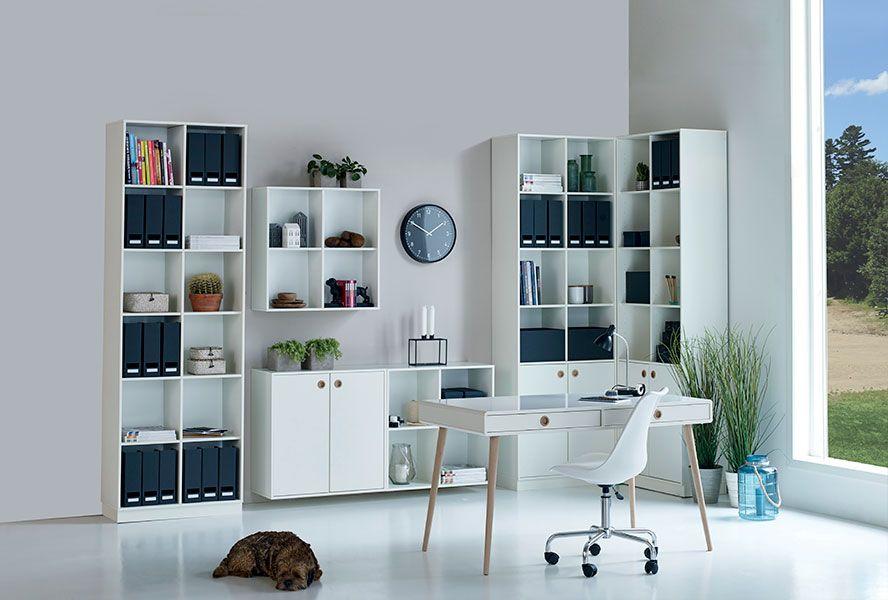 Bureau Dans Un Style Nordique Naturel Et Blanc Pour Espace Zen Mobilier Maison Placard Integre Meuble Maison