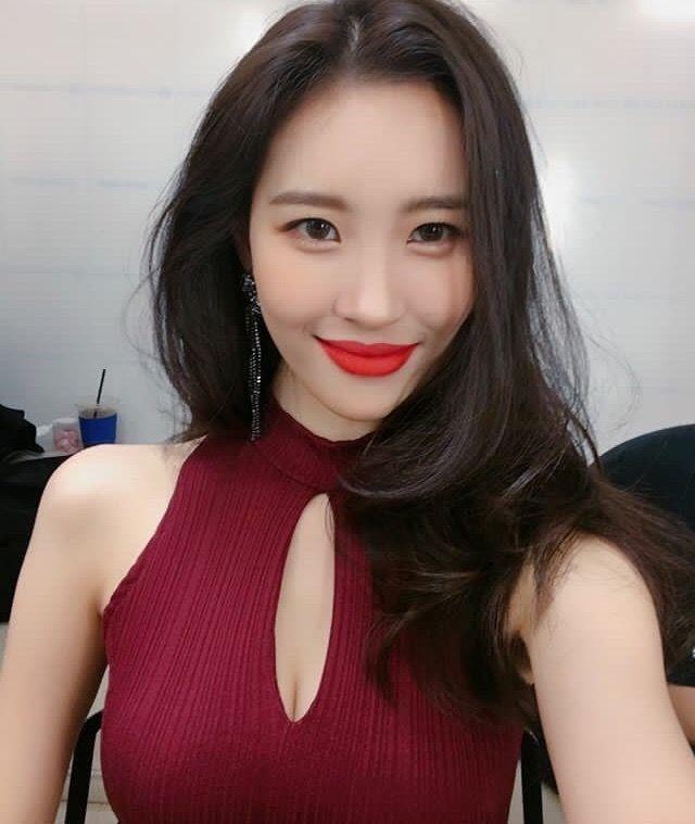 Sunmi Kpop Sunmi Pinterest Kpop Idol And Gay