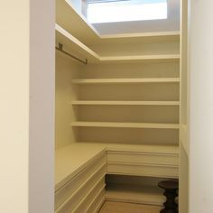 L Shaped Closet Organization Ideas