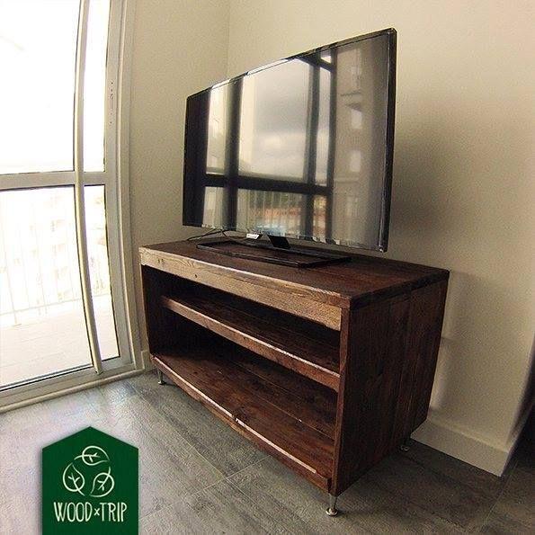 Wood Trip projetos especiais sob medida Rack Veja mais informações no site: www.woodtrip.com.br #Wood_trip #wood #Pallet #woodtrip #sustentabilidade #SP #Brasil #forniture #madeira #moveisartesanais #artesanal #feitoamao #Ideias #reciclando #trip #saopaulo #vibepisitiva #projetos #recycle #projetosespeciais #sobmedida #suacara #rack #TV #sala by wood_trip http://ift.tt/1WiqnA8
