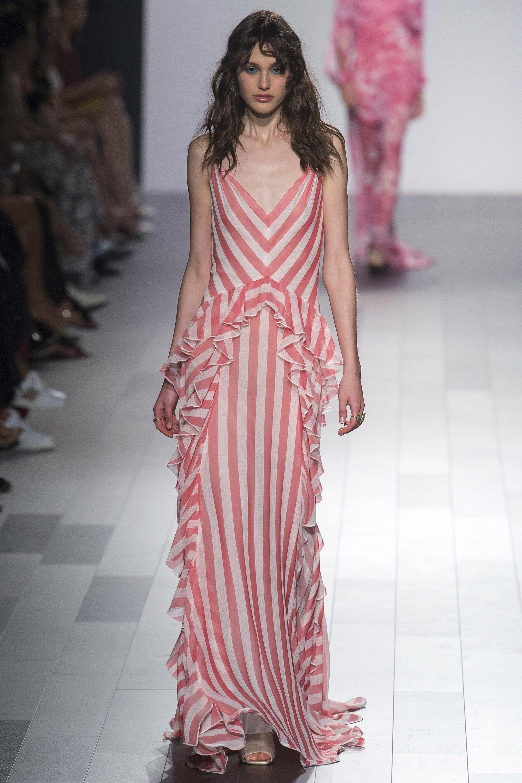 Tadashi Shoji Spring 2018 Ready-to-Wear Fashion Show | Vestidos de ...