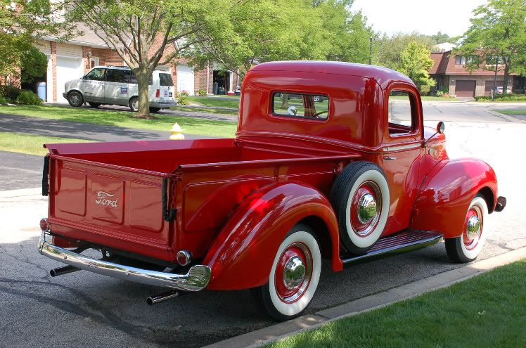 Vintage ford pick up like tell