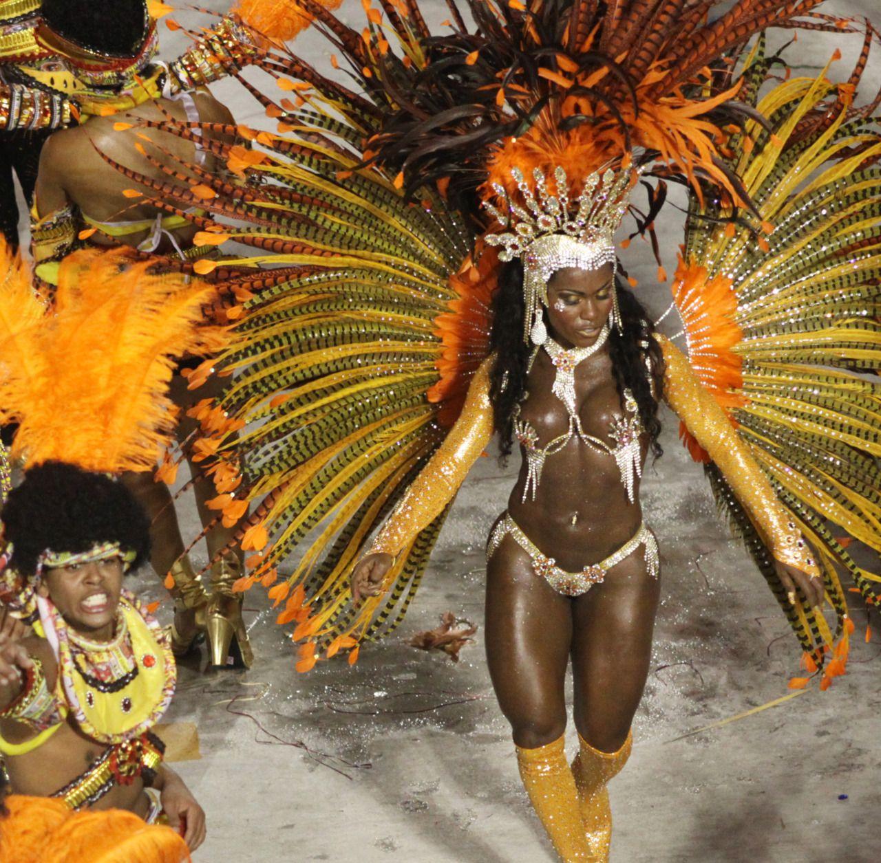 Rio Carnival, Sambadrome Marquês de Sapucaí, 2012 | Moor Carnavals ...