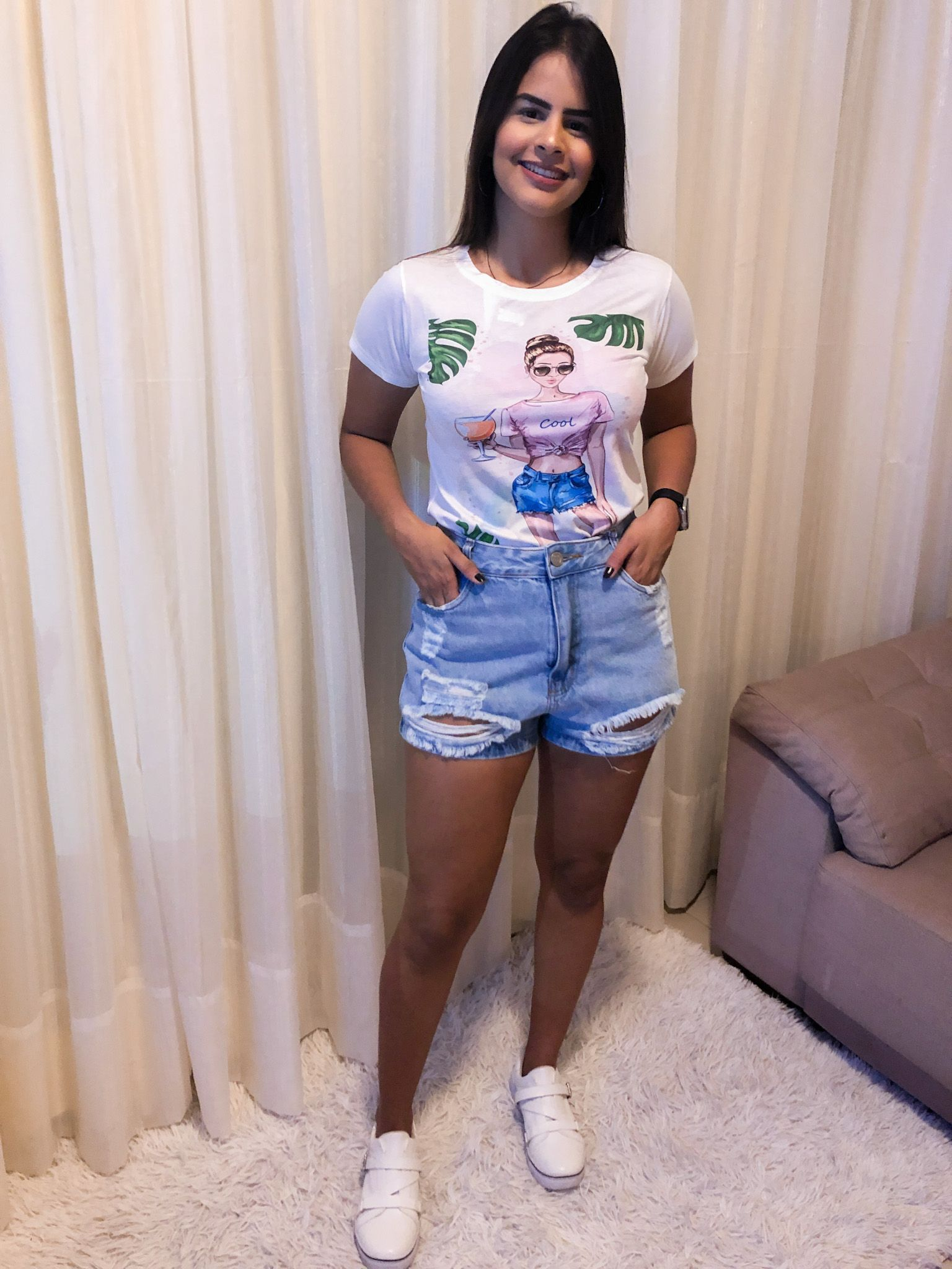 #tshirt #jeans #shortjeans #tenis #looksfemininos #lookdodia #modafeminina