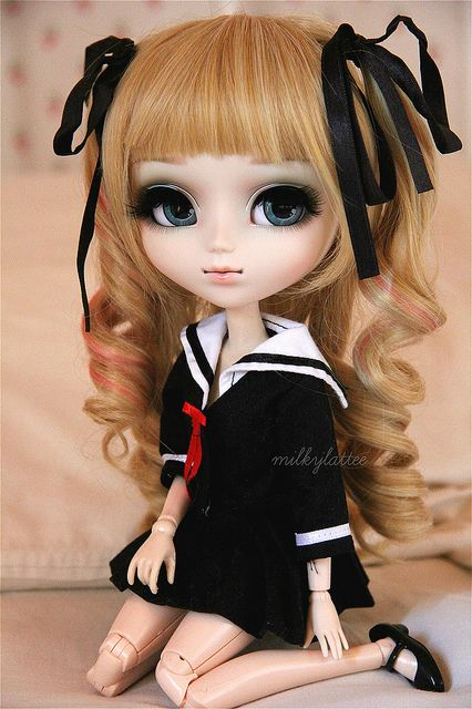Pullip doll -- I want this wig for my My Melody doll
