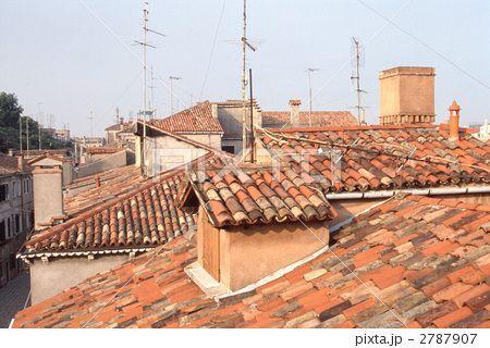 屋根 ヨーロッパ 瓦 ヨーロッパ 街並み ヨーロッパ 北イタリア