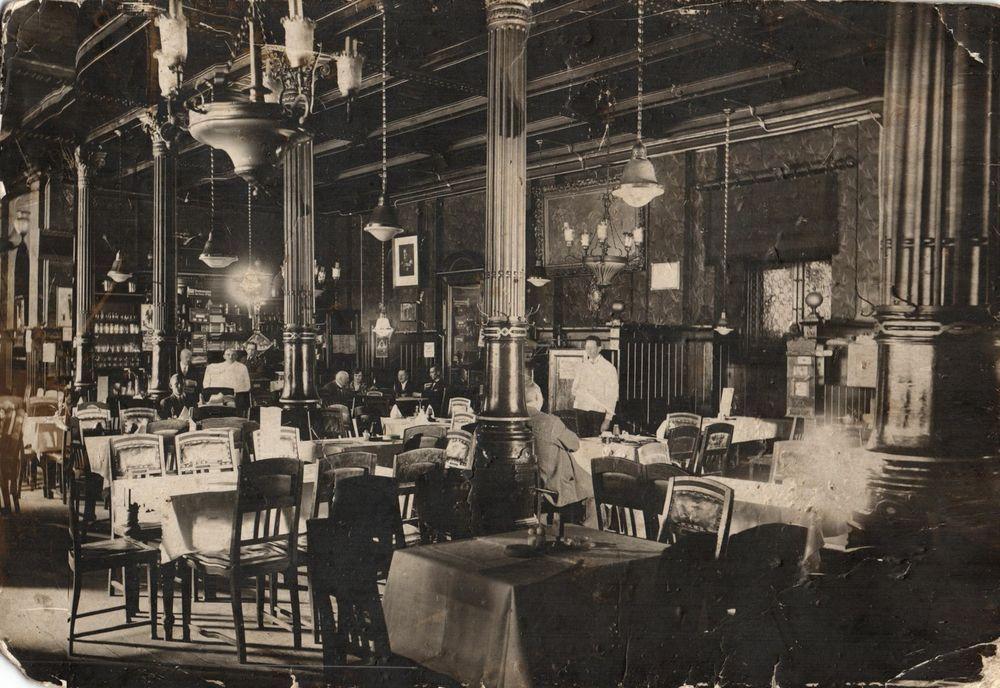 Einsiedler Bierhallen Berlin, 1924