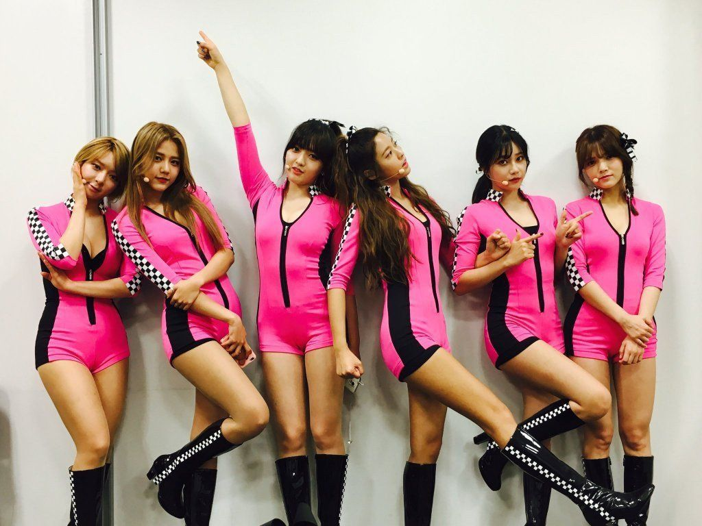 Fans Uncomfortable With Aoa Choa S Stage Outfit At Japan Event Koreaboo Hot Outfits Kpop Girls Stage Outfits