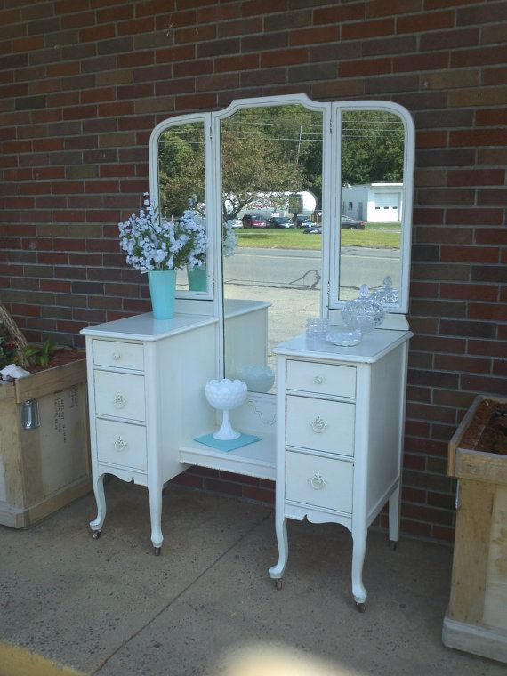 Circa 20 S Antique White Vanity Dressing Table Salvaged Shabby Chic Distressed Refinished Whagn Vanity Table Vintage Vintage Vanity Furniture