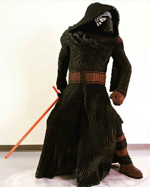 A Life Size Lego Statue Of Kylo Ren Incredible Cool Lego