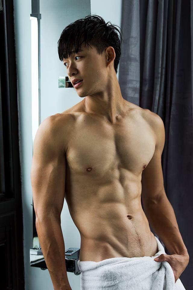 Oriental muscular homosexual males