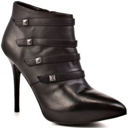 9f14540d36c Guess Fidelia Ankle boots combines classic and rock styles in one ...