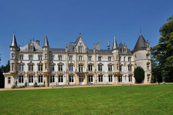 chateau de cornillon interior images   Chateau de Charboniere