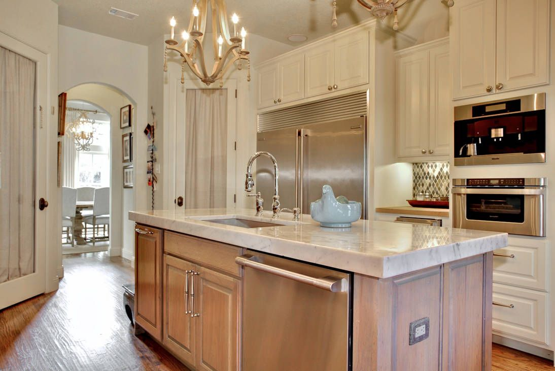 Kitchen Lighting Chandelier Kitchen Lighting Chandeliers Over Island Bannister Custom Homes