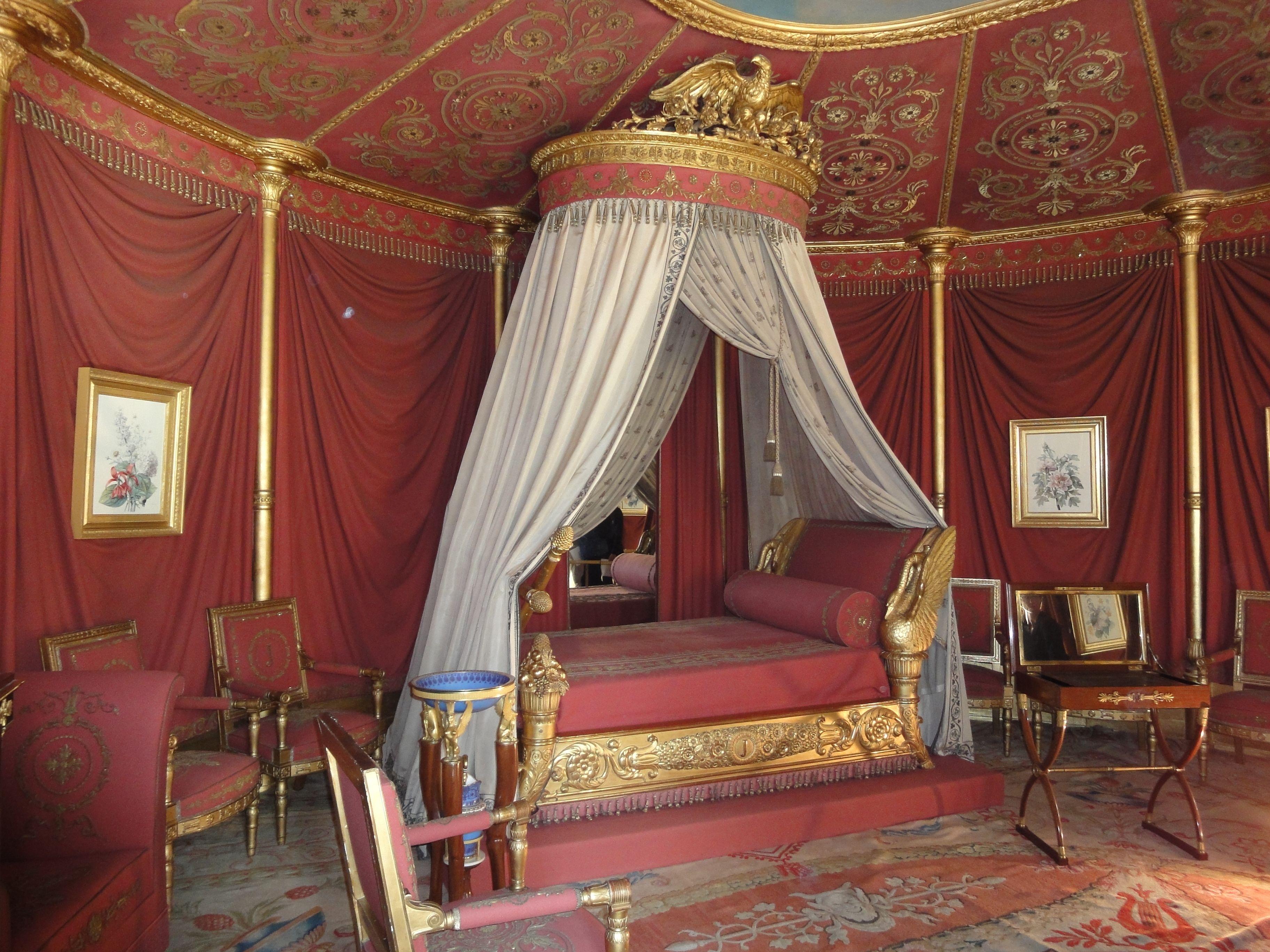ch teau de malmaison ch teaux monuments rueil malmaison hauts de seine rueil malmaison. Black Bedroom Furniture Sets. Home Design Ideas