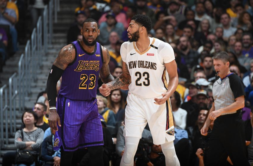 Los Angeles Lakers Lebron James Showing Desperation For Anthony Davis Nba Lakeshow Nba Western Conference Nba Harrison Barnes
