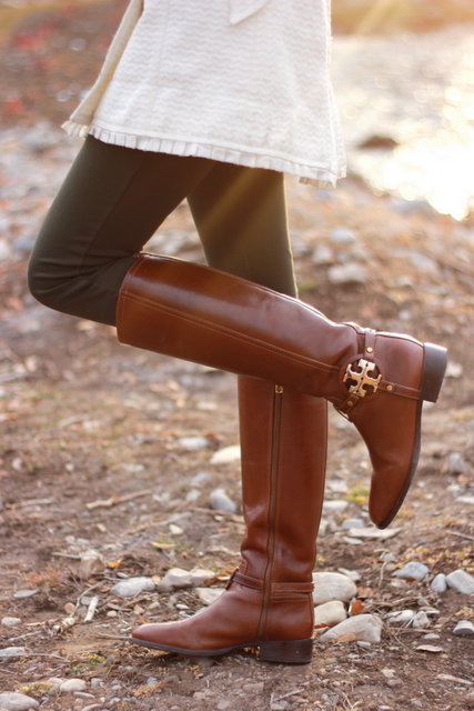 What I wouldn't give for these Tory Burch boots.