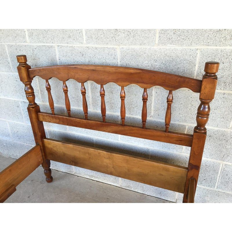 L. Stickley Cherry Valley Spindle Style Twin Bedframe in
