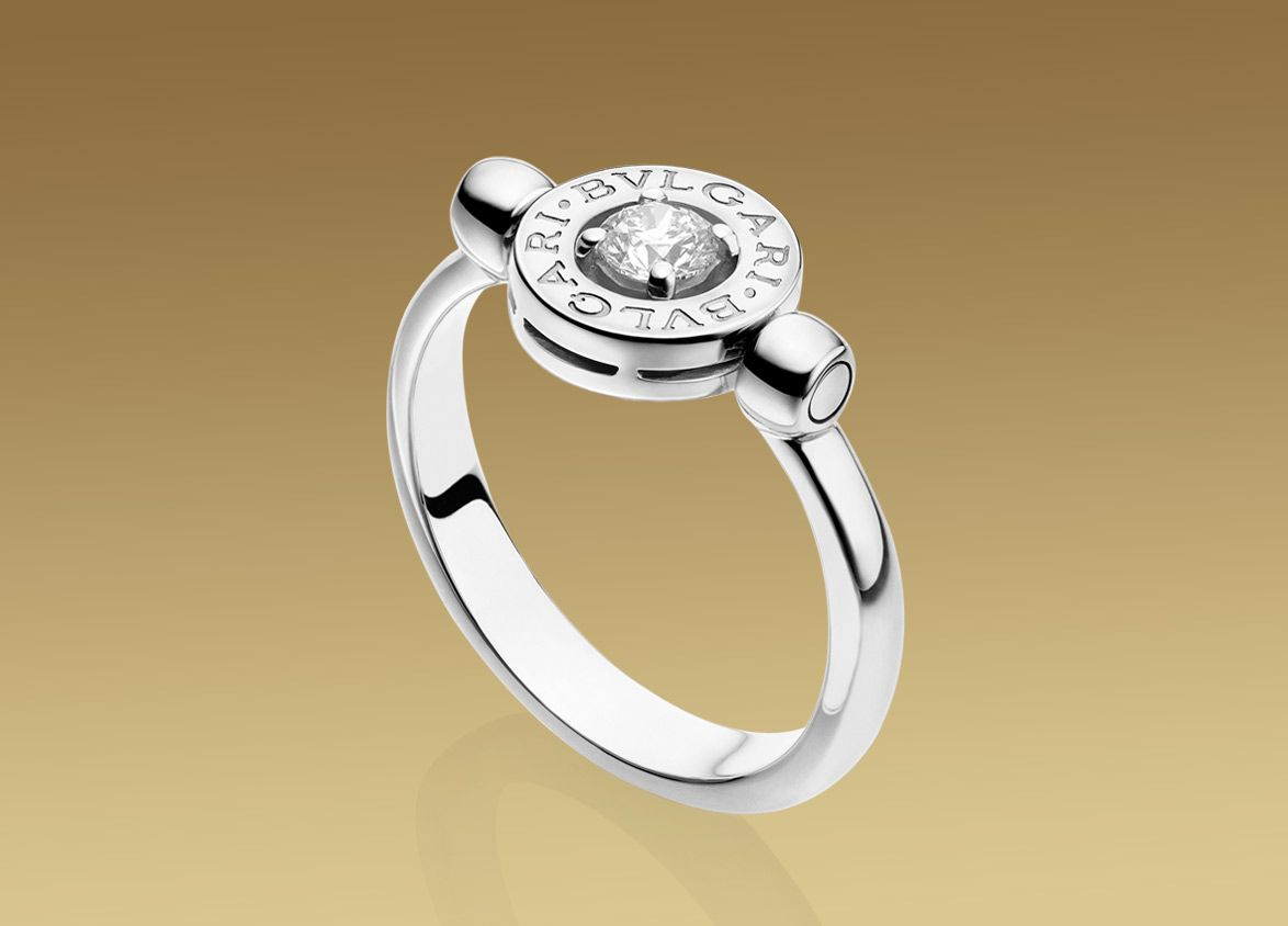 bulgari bulgari ring in 18 kt white gold with diamond