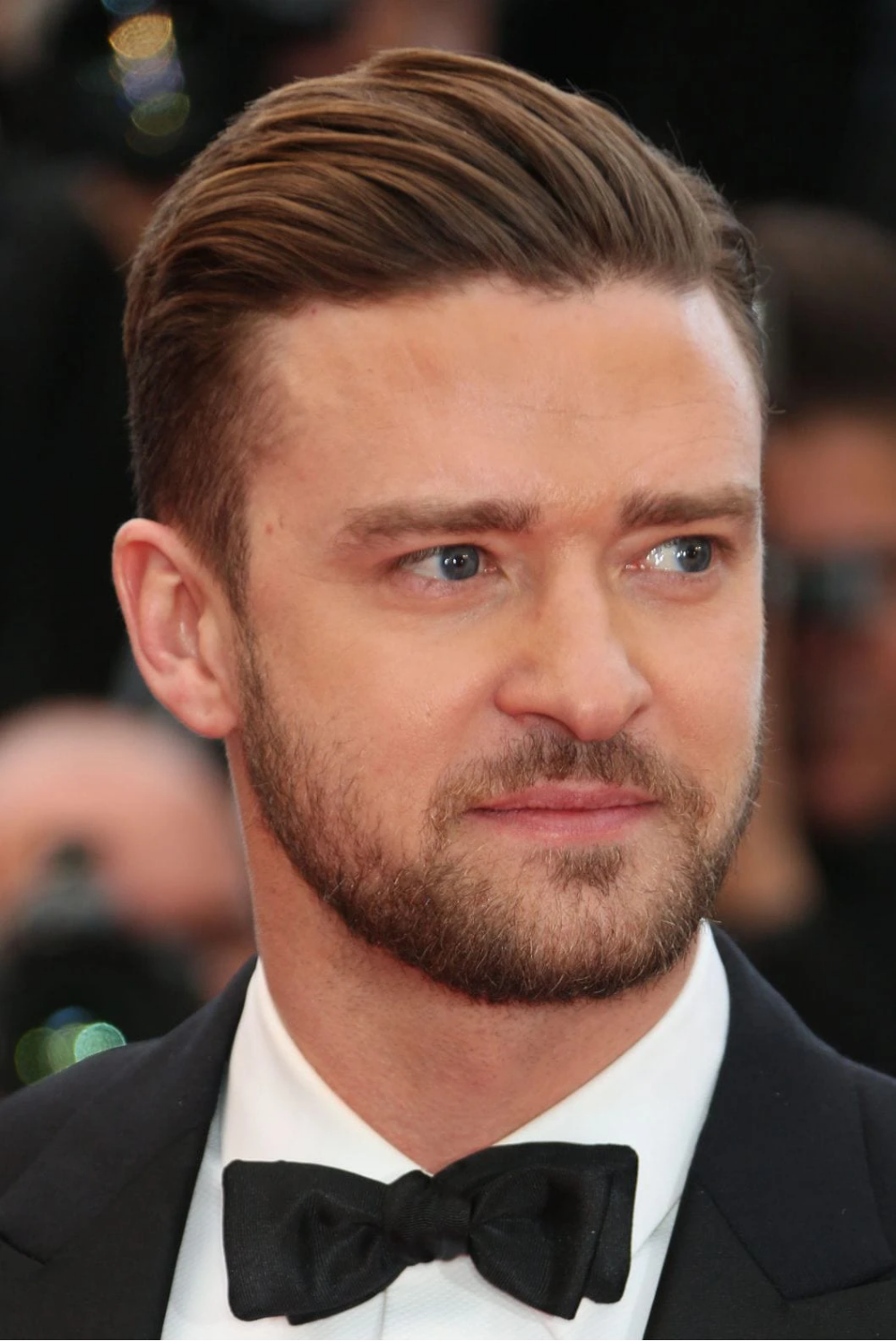 Nine Awesome Haircuts For Men With Round Face In 2020 Round Face Men Round Face Haircuts Hairstyles For Round Faces