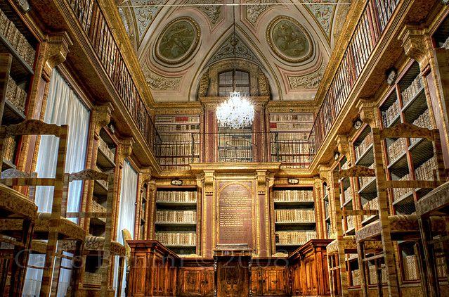 Sala Del Dottorato Universita Di Perugia Palazzi Universo E Sala