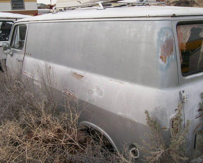 Vintage Chevrolet Van white | Chevrolet Vans | Pinterest | Chevrolet ...