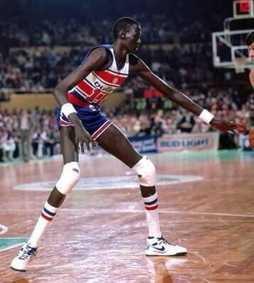 NBA RETWEET on Twitter is part of Manute bol - SiJ4qldy6M Manure Bol at 7'7""