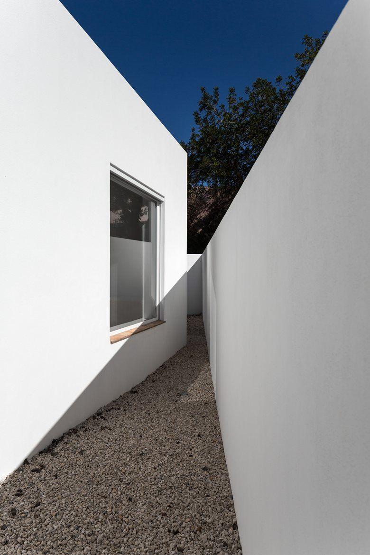 Casa Vale De Margem Faro District 2014 Marlene Uldschmidt Contemporary Building Architecture House