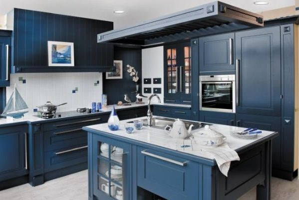 Blue kitchen google search kitchen ideas pinterest for Cuisine bleu bois