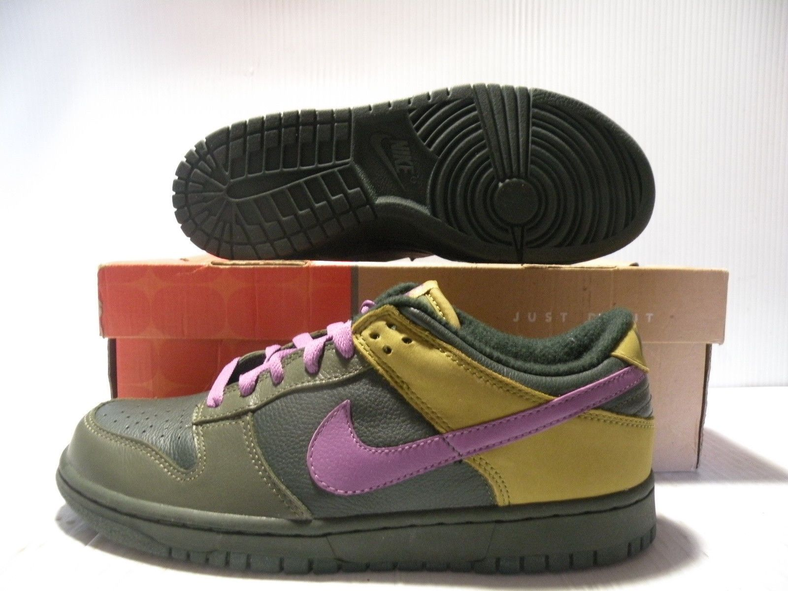 NIKE DUNK LOW PREMIUM SNEAKERS WOMEN SHOES 309730-351 SIZE 8 NEW