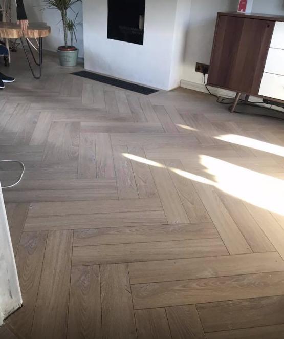 Desert Oak Herringbone Herringbone laminate flooring