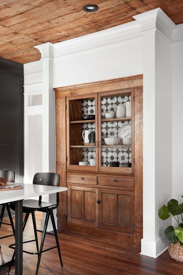 Vintage Stall in Küche eingebaut  Haus deko, Schrank bauen