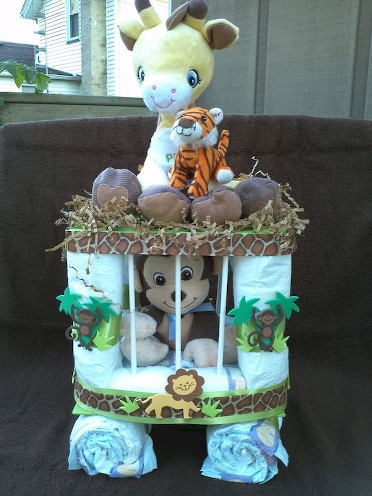 45 Cool Baby Shower Gift Ideas For Baby Boy Diy Baby Shower Gifts Baby Shower Gifts For Boys Monkey Baby Shower
