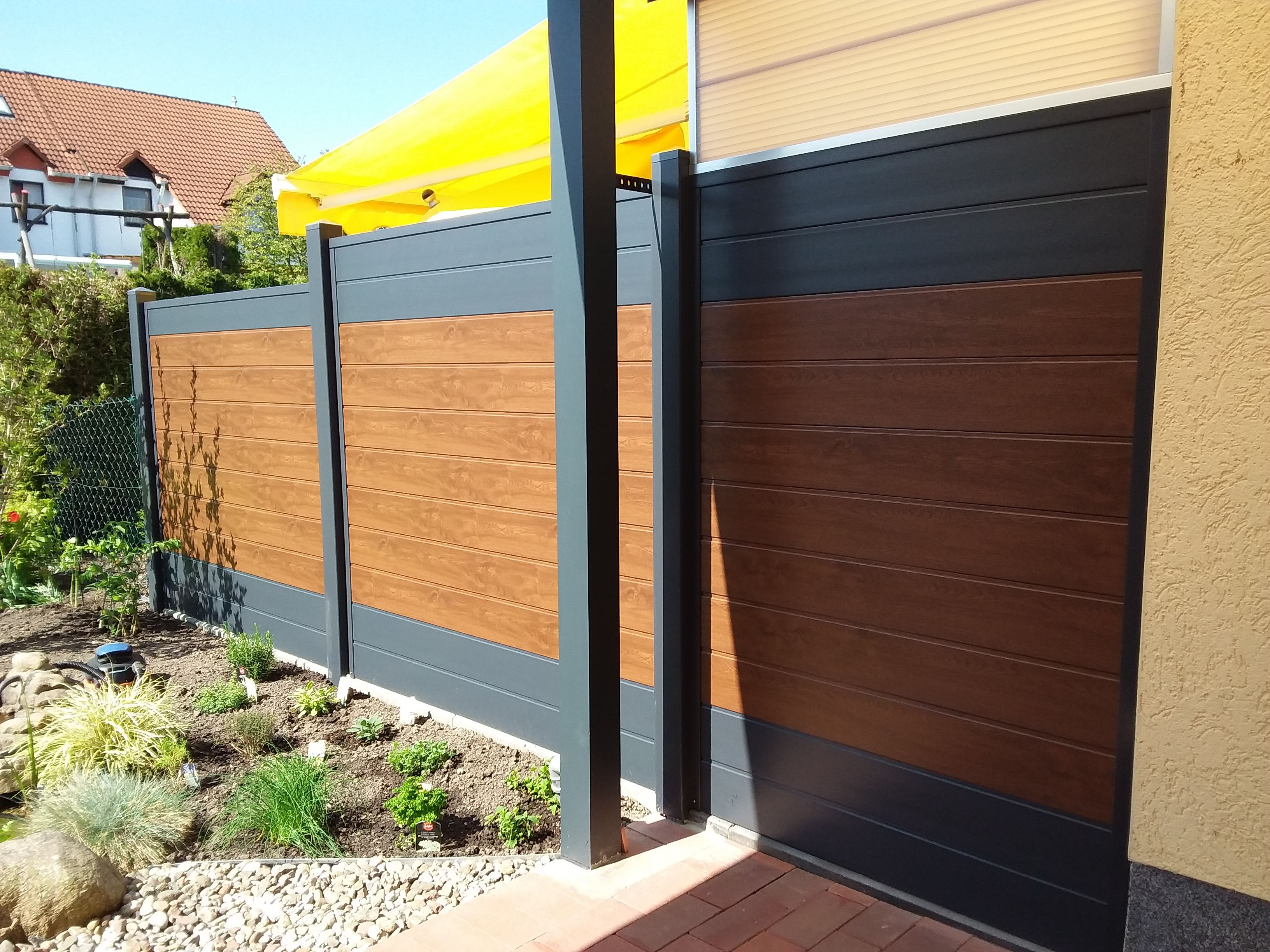Sichtschutz In Anthrazit Und Nussbaum Sichtschutz Terrasse