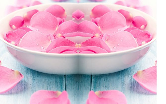DIY: Růžová voda