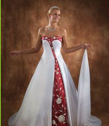 31eead72b529 1000 images about christmas wedding on pinterest christmas wedding dresses  red wedding dresses and red and