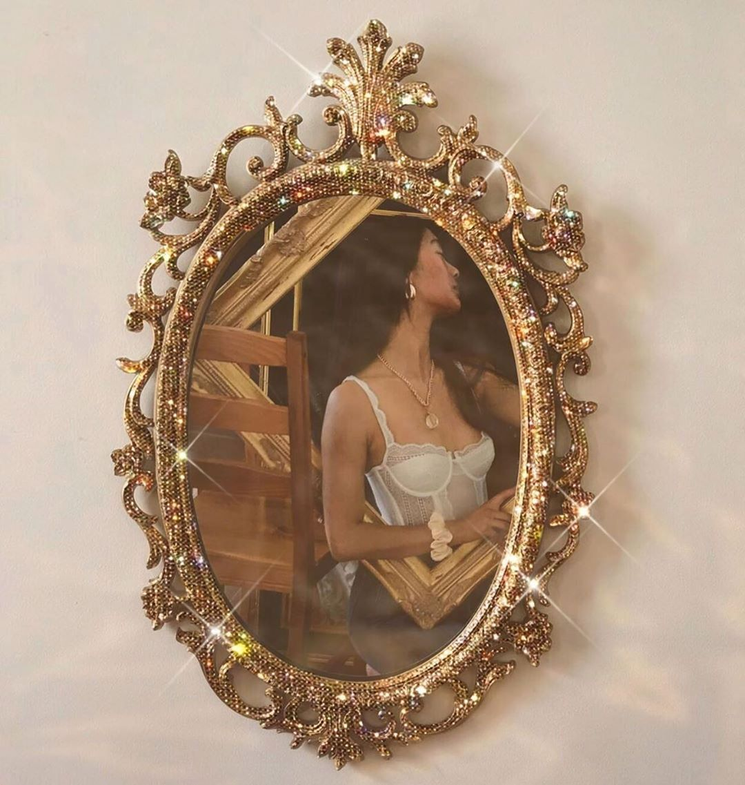Less Perfection More Authenticity Mirrorselfie Vintage Sparkles Glitterlover Glitterart Fashion Victoriam Gold Aesthetic Classy Aesthetic Aesthetic Vintage
