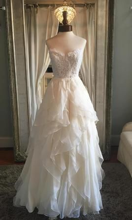 Hayley Paige Kira Buy This Dress For A Fraction Of The Salon - Used Hayley Paige Wedding Dress