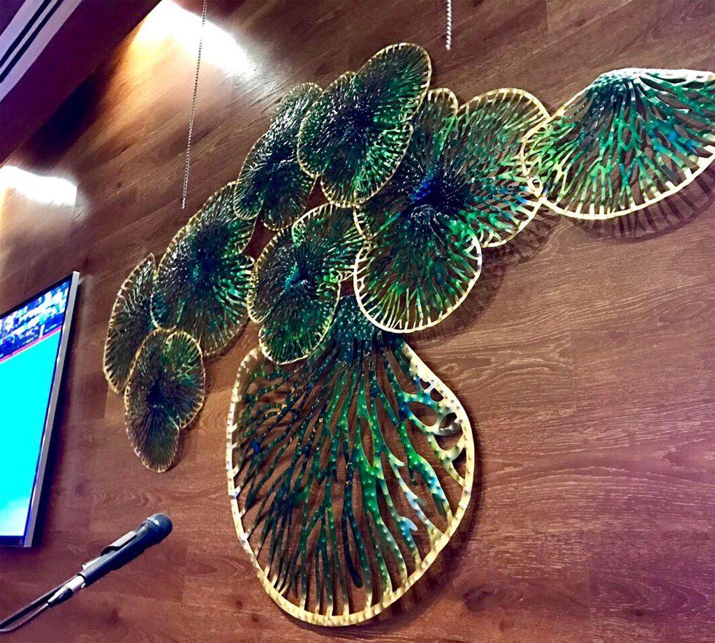 Green Leaves In Dubai Restaurant