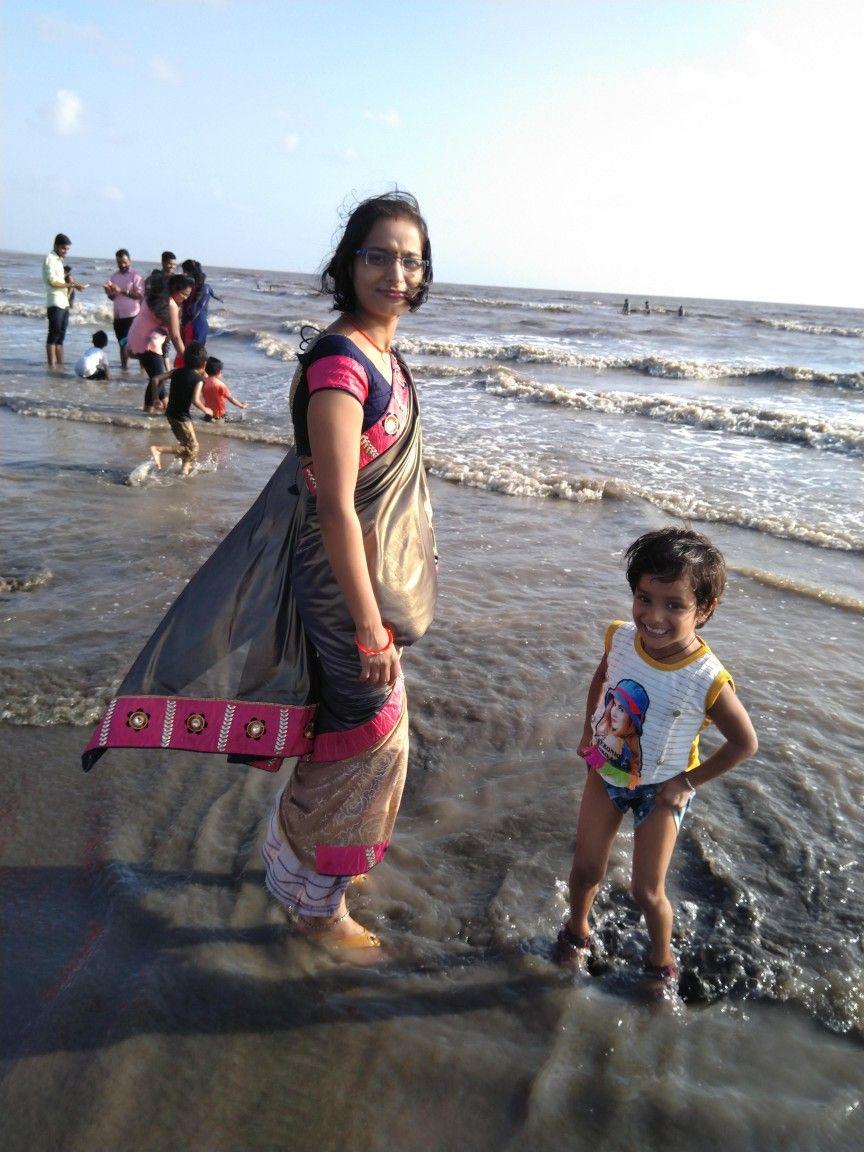 Gaye holud Dhaka | Desi fashion, Hanging chair, Desi
