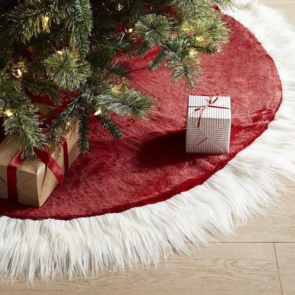 Pier 1 Imports Santa Coat Tree Skirt (140 BRL) ❤ liked on Polyvore