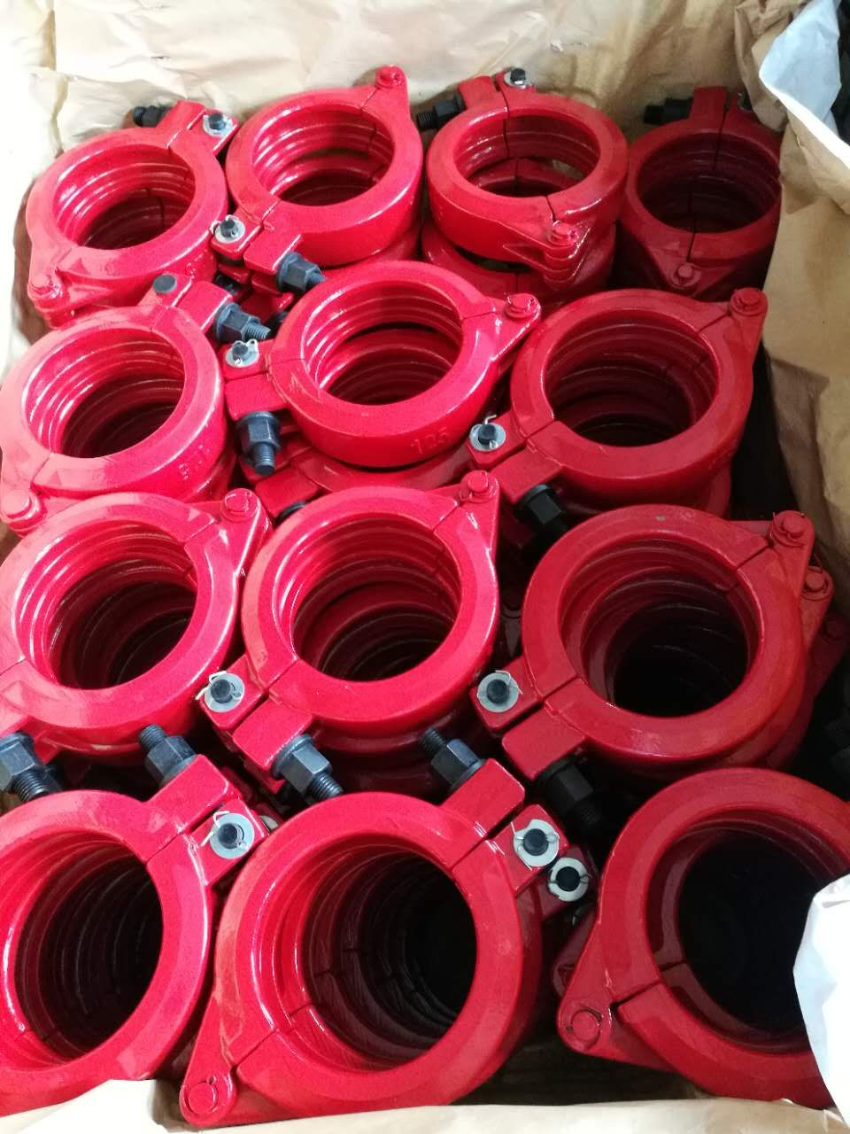 I like this color concrete pump clamp coupling ! amy
